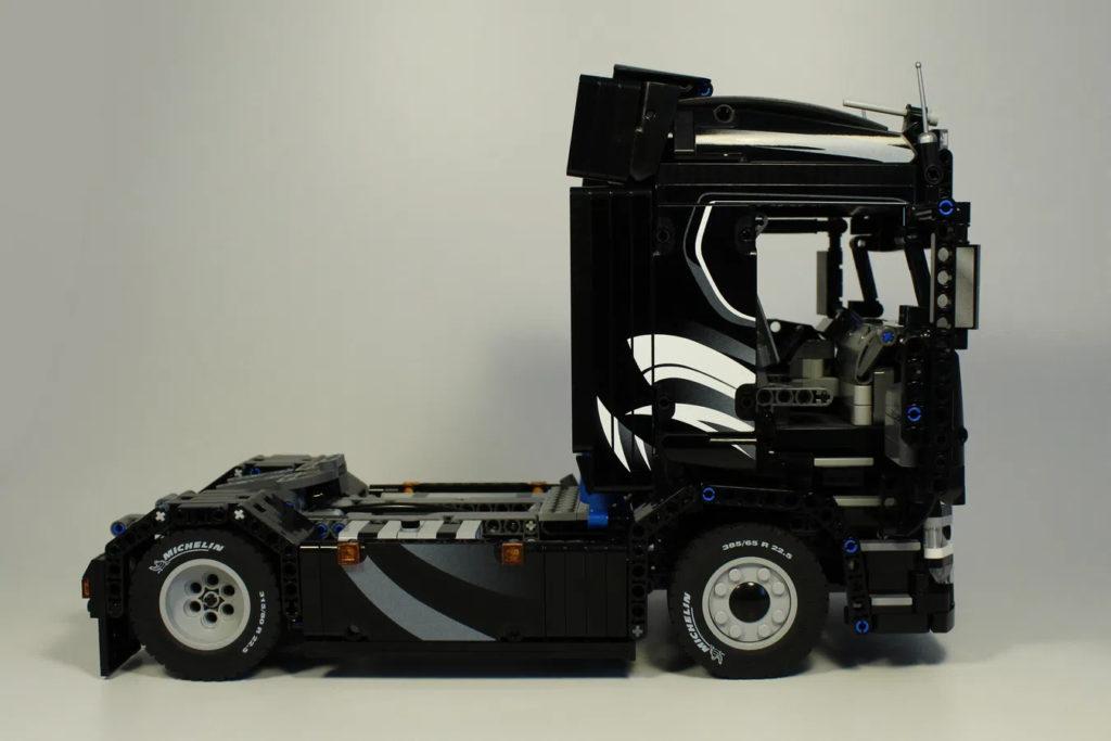 Lego Scania Truck 2